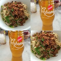 Photo taken at Mie Pangsit Chung Sing by Monica S. on 1/7/2015
