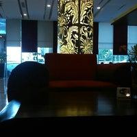 Foto diambil di Atria Hotel & Conference Malang oleh Dinar G. pada 9/17/2014