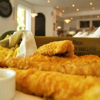Foto tirada no(a) Cannons Fish and Chips por Cannons Fish and Chips em 9/5/2014