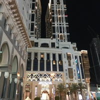 Photo taken at Hilton Suites Makkah by Farouq A. on 10/12/2017