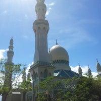 Photo taken at Masjid Perpindahan Lambak Kanan by Shafiq H. on 11/29/2012