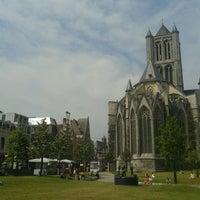 Photo taken at Goudenleeuwplein by Roberta S. on 7/23/2013