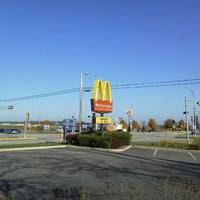 Photo taken at McDonald's by 高橋 庸. on 10/21/2012