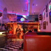 Photo taken at Eddie's Diner by Jonathan D. on 11/15/2015