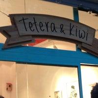 Photo taken at Tetera & Kiwi by Vicente M. on 6/7/2013