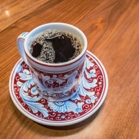 Foto scattata a La Colombe Coffee Roasters da Pam ☕️ O. il 8/29/2017