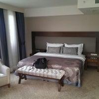 6/6/2013 tarihinde Mark H.ziyaretçi tarafından Miracle Istanbul Asia Hotel & SPA'de çekilen fotoğraf