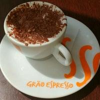 Photo taken at Grão Espresso by Clarissa T. on 12/23/2015