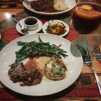 Photo taken at Carrabba's Italian Grill by G M. on 9/13/2014
