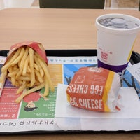 Photo taken at McDonald's by じぇっとん on 9/27/2017