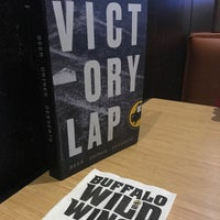 Photo taken at Buffalo Wild Wings by Min B. on 4/12/2017