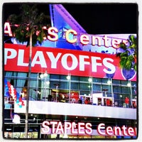 Foto tomada en STAPLES Center VIP SUITES  por Paul C. el 4/21/2013
