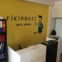 Photo taken at FikirBuzz Digital Solutions & Social Media Agency by Gözde M. on 5/8/2017