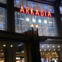 Снимок сделан в CH Arkadia пользователем Sebastian K. 11/24/2012