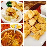 Photo taken at Great Wall Szechuan by Brian L. on 8/10/2014