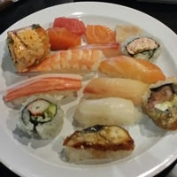 Photo taken at SanTo's Modern American Buffet & Sushi by Susi G. on 10/8/2014