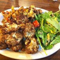 รูปภาพถ่ายที่ Aladdin's Mediterranean Cuisine โดย Jose S. เมื่อ 5/31/2013