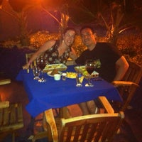 Foto tomada en Niko's Seafood por Thiago S. el 10/19/2014