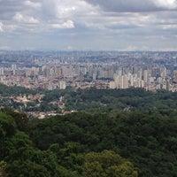Foto tirada no(a) Pedra Grande por Danilo Nunes D. em 11/10/2012