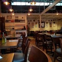 7/22/2017 tarihinde Tilman B.ziyaretçi tarafından Ela Taverna'de çekilen fotoğraf