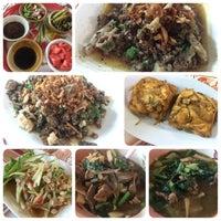 Photo taken at ร้านนายยก by Phakhaphon T. on 1/22/2016
