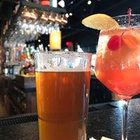 11/24/2017 tarihinde Mark P.ziyaretçi tarafından Bar Louie'de çekilen fotoğraf