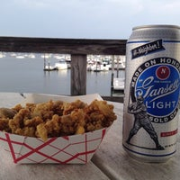 Photo taken at Butler's Flat Clam Shack by Jon D. on 9/6/2014