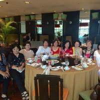 Photo taken at Xin Tian Di by Sherbet I. on 11/23/2015