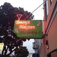 Foto tirada no(a) Tommy's Mexican Restaurant por brian k. em 7/20/2013