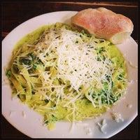 Das Foto wurde bei Pizza Vira von Marcel E. am 1/3/2013 aufgenommen