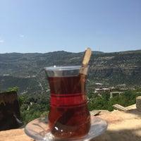 Photo taken at Çınaraltı Aile Çay  Bahçesi by Uğur A. on 4/7/2016