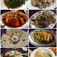 Photo taken at Ling Loong Seafood No. 6 Topspot by Ming Ming M. on 12/8/2015