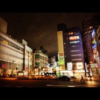 Photo taken at Tokyu Meguro Station (MG01) by !Hide K. on 10/25/2012
