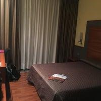 Photo taken at Hotel F & G Logroño by Samuel G. on 9/12/2016