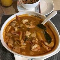 Снимок сделан в Tanta's Thai Restaurant пользователем Sorokin 12/10/2017