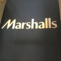 Das Foto wurde bei Marshalls von Lucas M. am 3/20/2013 aufgenommen