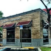 Photo taken at Wendy's by Johnnie W. on 7/12/2013