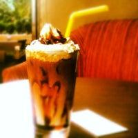 9/17/2012 tarihinde D. HaZaRziyaretçi tarafından San Marco's Caffé'de çekilen fotoğraf