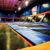 Photo taken at Sky Zone Indoor Trampoline Park by Edgar S. on 10/26/2012