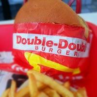 Снимок сделан в In-N-Out Burger пользователем Edgar S. 1/1/2013