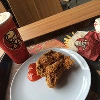 Photo taken at KFC by Ieka J. on 9/13/2015