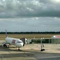 Foto tirada no(a) Aeroporto Internacional de Natal / São Gonçalo do Amarante (NAT) por André B. em 6/21/2015
