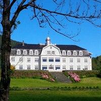 Photo taken at Sauda Fjord Hotel by Jens B. on 9/18/2014