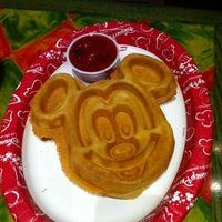 Photo taken at Old Port Royale Food Court by Priscila L. on 9/16/2012