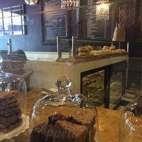 Photo taken at Vanilla Moon Bakery by Elissa R. on 8/9/2014