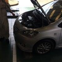 Photo taken at Toyota Northern Lampang by Sakkarin C. on 11/7/2015