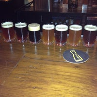 Photo prise au Triumph Brewing Company par Enida M. le7/7/2013