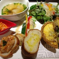 Photo taken at Quiche×Quiche by ぽんた on 7/16/2013