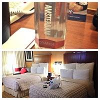 Photo taken at Metro Points Hotel Washington North by Najah on 6/14/2014