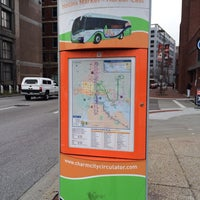 Photo taken at Charm City Circulator - Orange Route by Cori A. R. on 12/4/2013